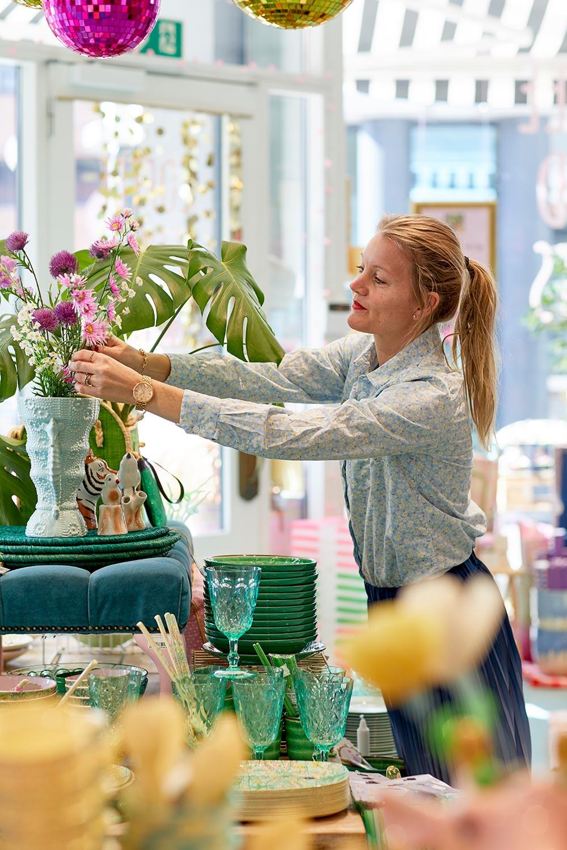visual merchandising kursus hos Rice Odense- praktiske øvelser i butikken